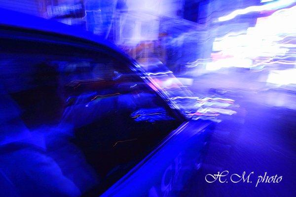 2010_ネオン街のタクシー_02.jpg