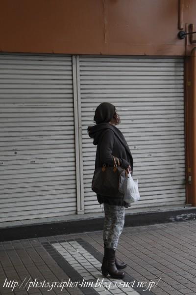 2011_待ち人_01.jpg