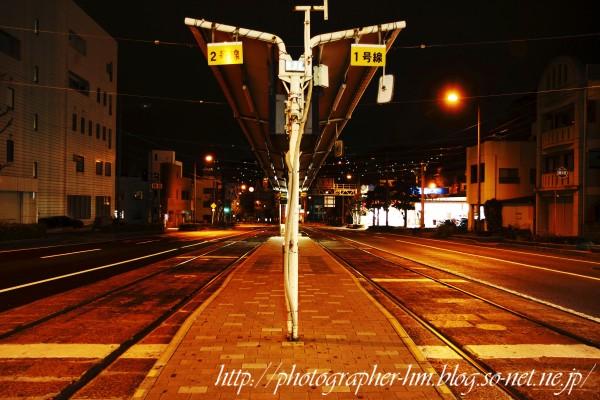 2013_無人の道路夜景_02.jpg