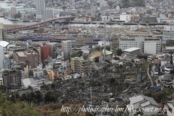 2013_生と死が共存する町_05.jpg