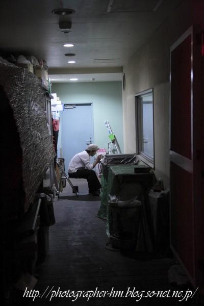 2012_夜に徘徊_04.jpg