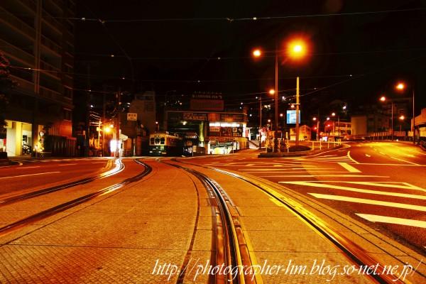 2013_無人の道路夜景_01.jpg